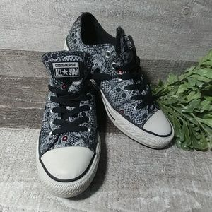 Coverse All Star Skull candy sneakers size 8